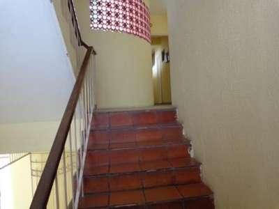 3 Escadas de acesso ao apartamento
