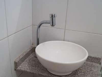 12 Pia do banheiro casal